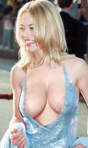 Jeri ryan boobs